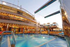 Costa Diadema Pools & Sonnendeck